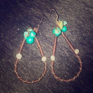Beautiful lightweight brown & turquoise earrings